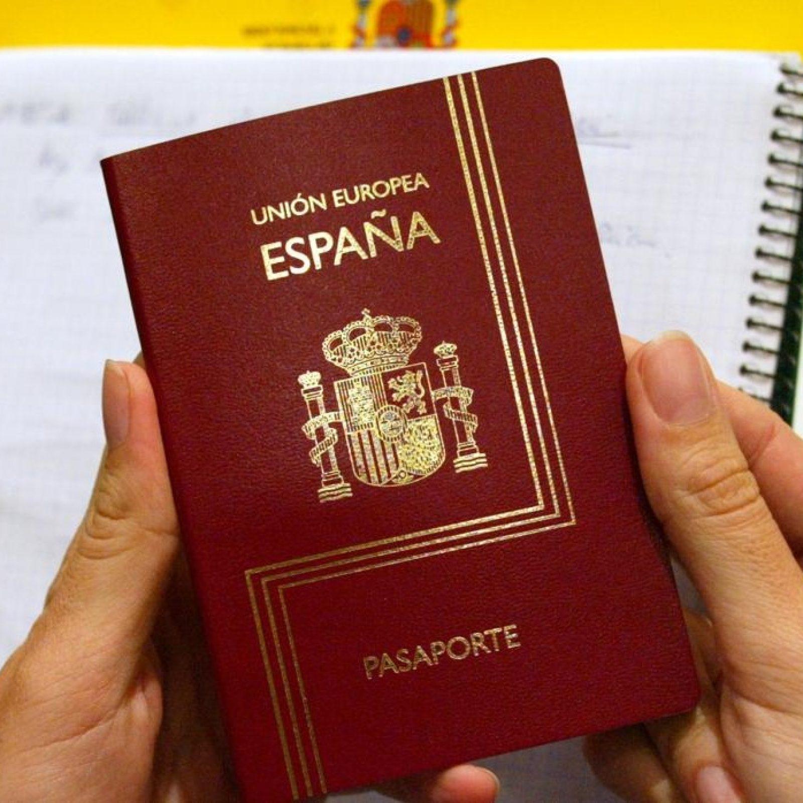 Pasaporte-Españo-foto-ABC